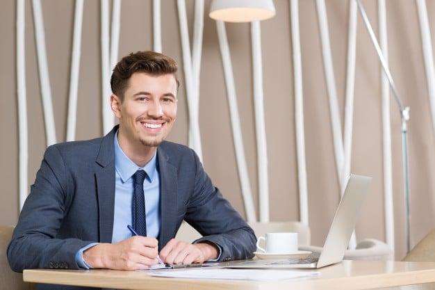 كتابة المحتوى التسويقي بأنامل كتاب المحتوى نحو تحقيق أهداف شركتك