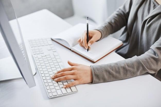 طرق كتابة عناوين المقالات المتوافقة مع محركات البحث