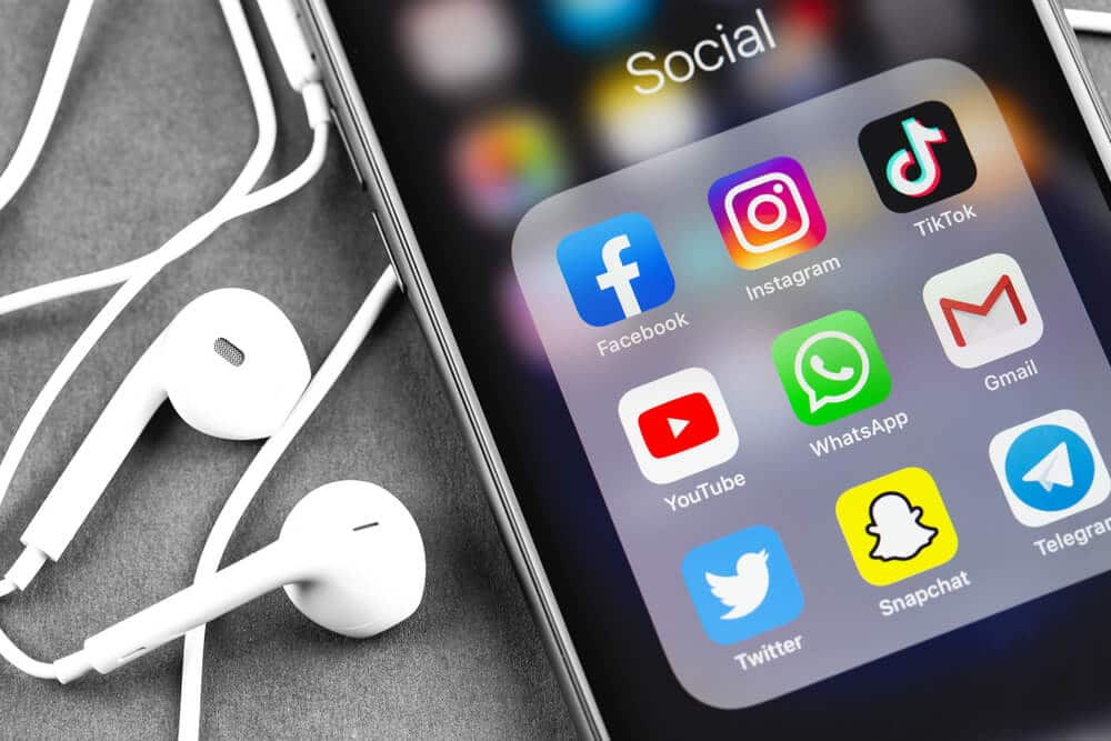 خدمة إدارة مواقع التواصل الاجتماعي في السعودية   شركة تسويق الكتروني 2021