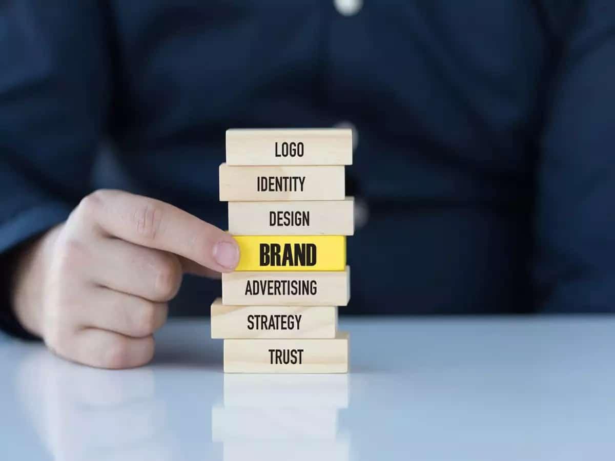 اعادة تصميم مواقع الانترنت عند تغير العلامة التجارية