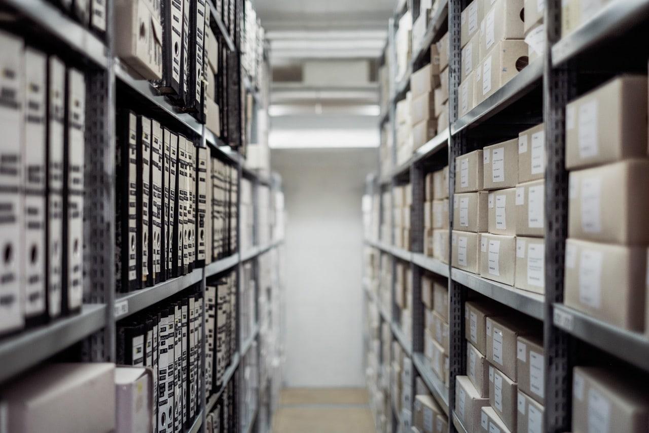 معالجة مشكلات التخزين، الشحن، والمرتجعات من قبل ادرة المتجر الالكتروني