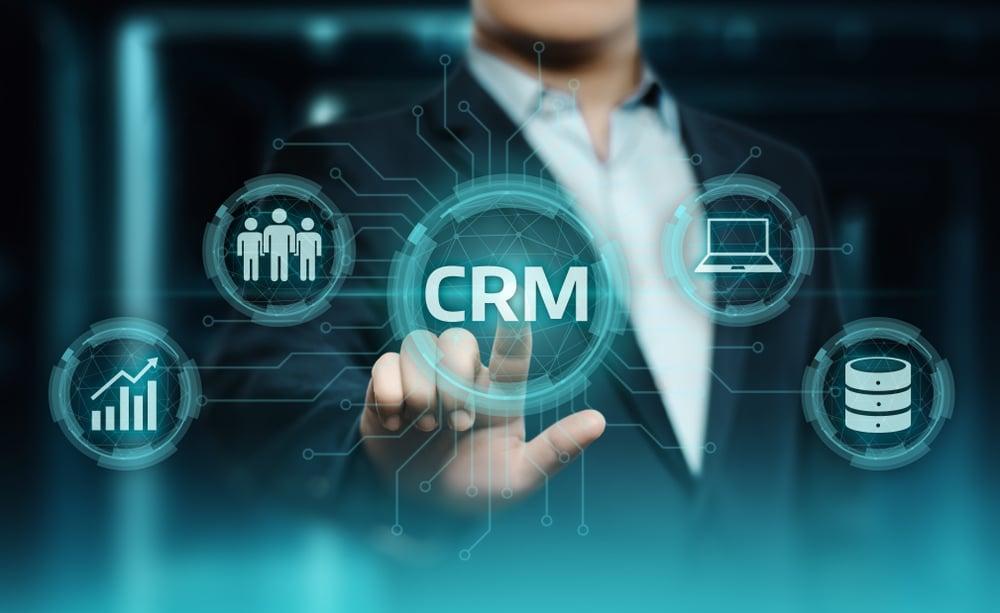 إدارة علاقات العملاء CRM وحملات التسويق بالبريد الالكتروني